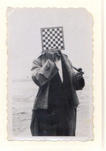 3_René-Magritte_Le-Géant_937_VEGAP