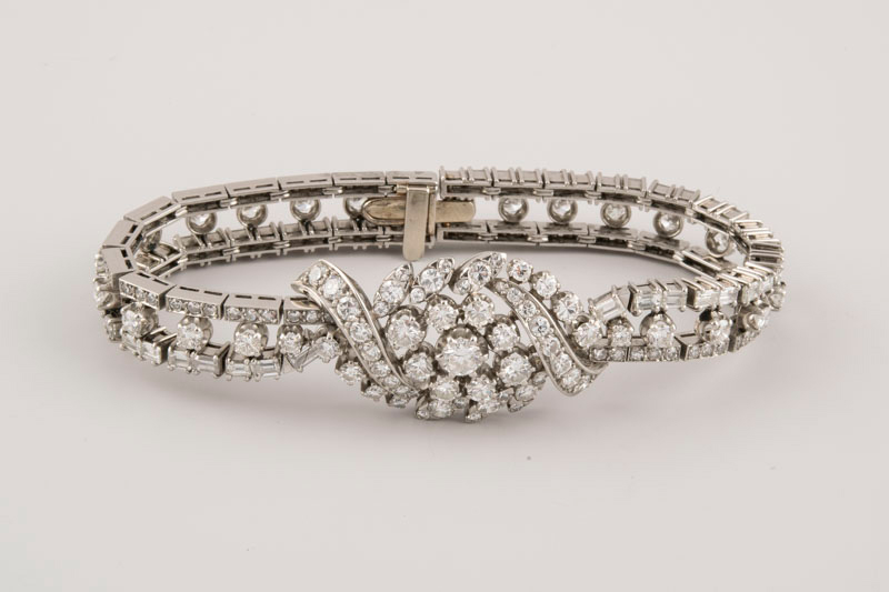 124-Brazalete-de-platino-MEDIADOS-DEL-S.XX-diamantes.03