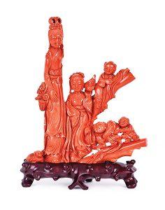 347-Dama-con-flores-coral-rojo-tallado-800grs-copia