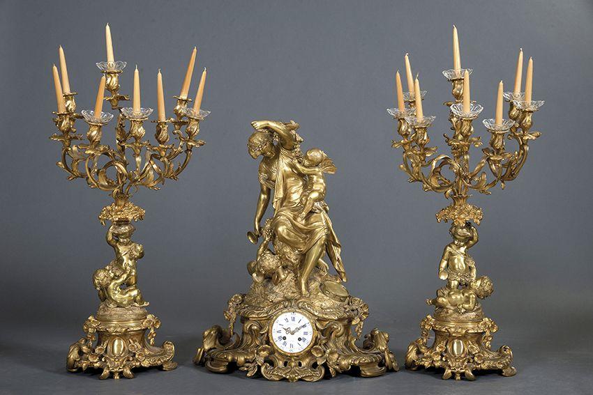 416 Gran reloj con guarnición de candelabros Napoleón III, tercer cuarto s. XIX, .00