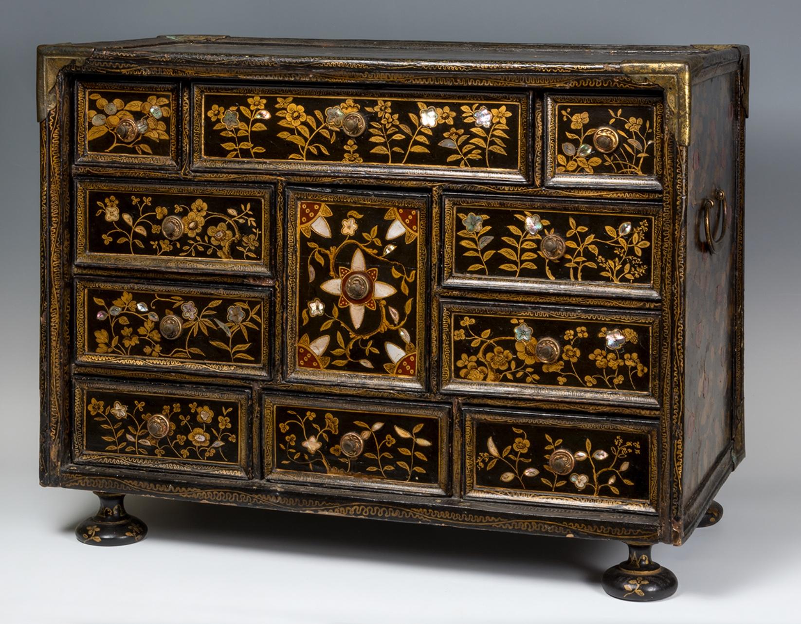Cabinet Nambán – Finales del siglo XVI-principios siglo XVII