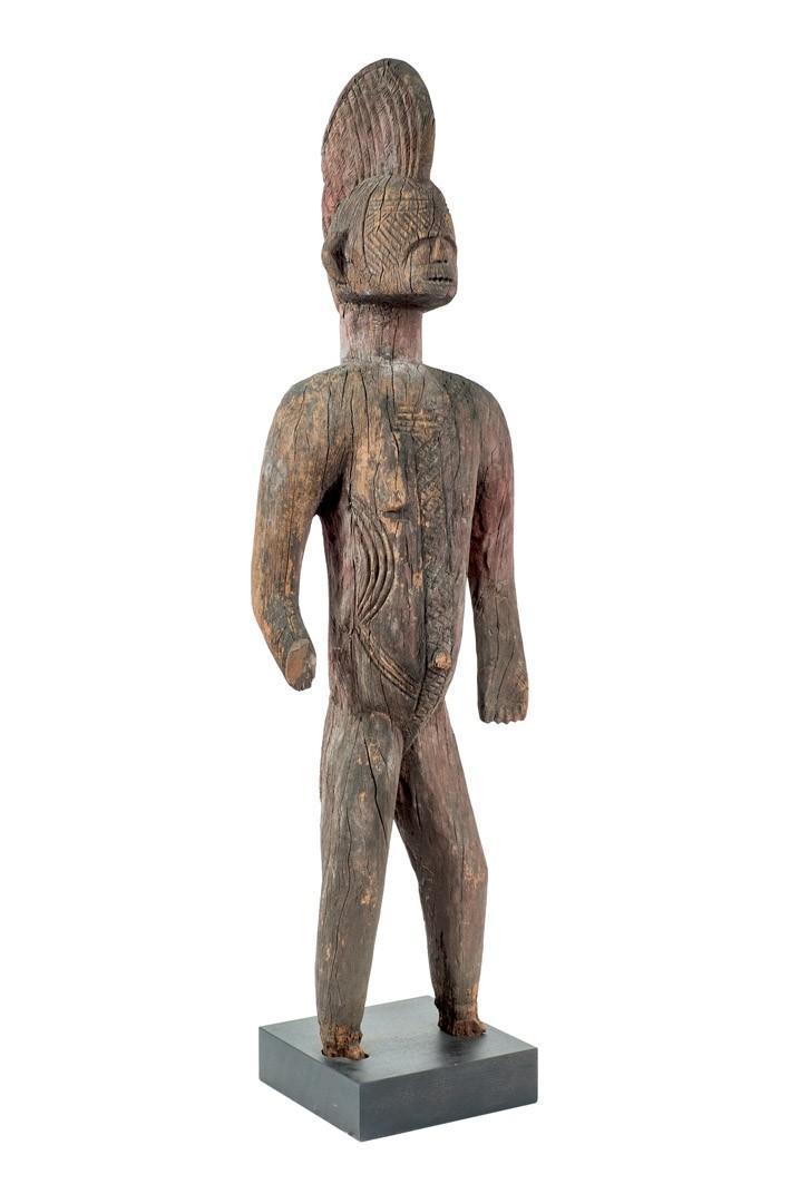 257 Escultura alusi Igbo. Nigeria, segundo tercio S. XX. Madera.00