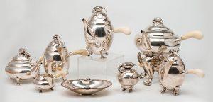271-Juego-de-café-en-plata-danesa-sterlng,-punzonada,-con-marcas-del-platero-Georg-Jensen,-modelo-Blossom,-diseño-de-1905.04