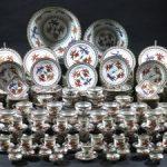 Vajilla de porcelana china con decoración de peces Total: 301 piezas. Salida: 900 euros Remate: 4.250 euros