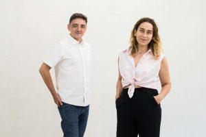 los-artistas-mira-bernabeu-y-miriam-lozano-de-la-galeria-espaivisor-de-valencia