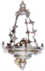 531 Lámpara votiva Carlos IV. España, Ffs. S. XVIII. Realizada en plata. Márcas de Córdoba. Decoración gallonada, con guirnaldas y querubines.00