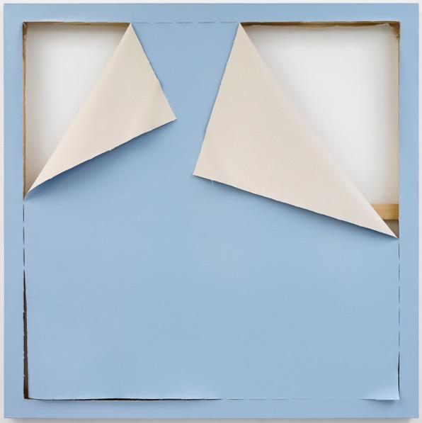 Ángela de la Cruz – Fondo azul, 2018, Acrílico sobre tela sobre tela 153 x 153cm