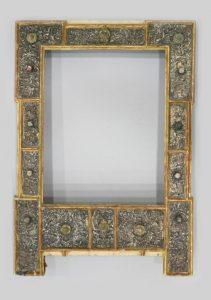 1038-Marco-guarnecido-en-plata,-México-hacia-1630.01