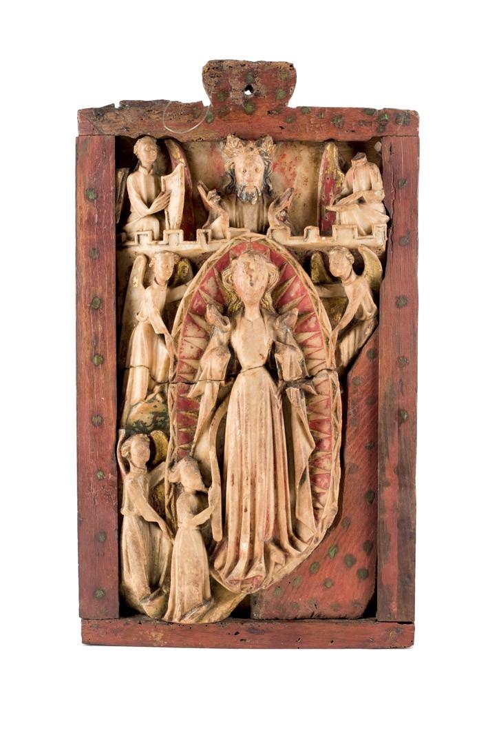 765 Relieve realizado en alabastro con restos de policromía, representando la Asunción de la Virgen. 00