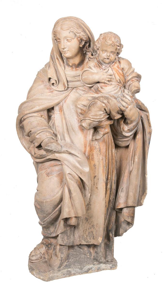 24.1.-Atribuído-a-Damiàn-Forment–Virgen-con-niño-Figura-en-piedra-de-Vinatxa-esculpida.-Renacimiento.-Hacia-1530.00a
