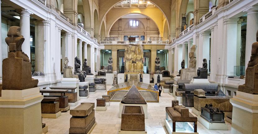interior-museo-egipcio-el-cairo