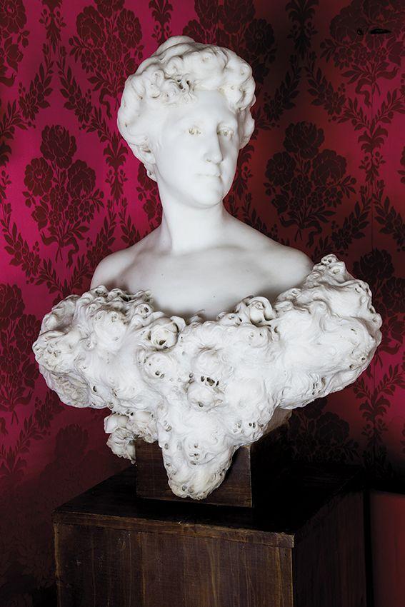 647-mariano-benlliure-valencia-1862-madrid-1947-retrato-de-la-marquesa-de-alquibla-1903.-busto-tallado-en-mrmol-de-carrara.00