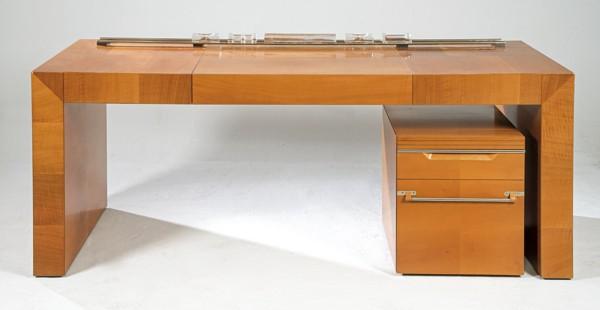 793-mesa-de-despacho-en-nogal-modelo-paralelas-de-tresserra.-1988.