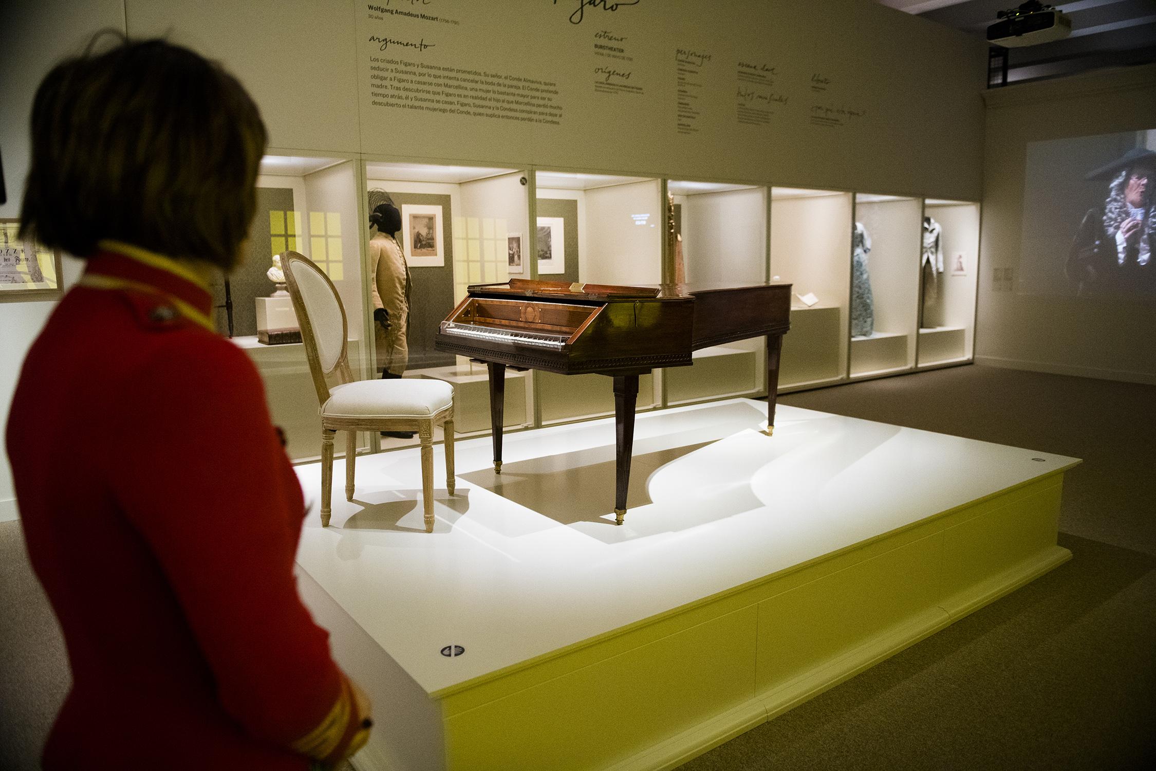 i-opera-pasion-poder-y-politica-i-sumerge-a-los-visitantes-en-este-arte-total-una-gran-experiencia-en-la-que-converge