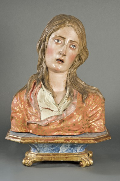 617-escuela-andaluza-s.-xviii-santa-agueda-busto-de-madera-tallada-policromada-y-dorada.-sobre-peana-de-madera-dorada-y-marmorizada.00