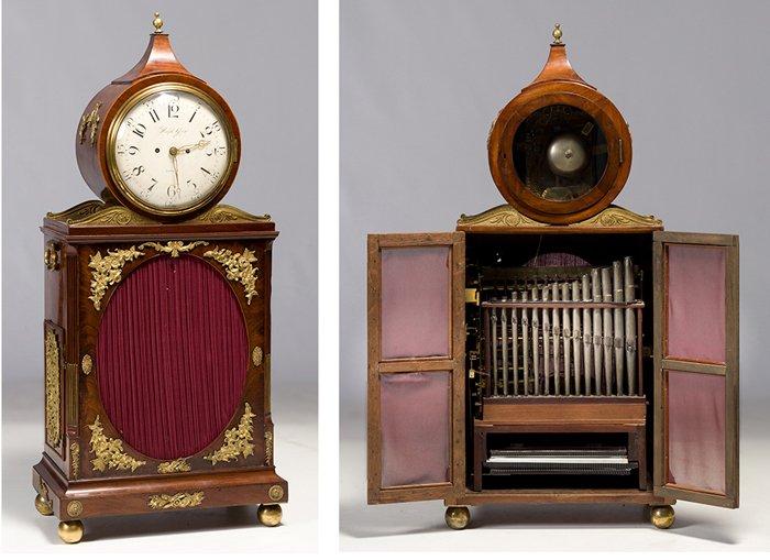 643-reloj-musical-inglaterra-c.1780-en-madera-de-caoba-palma-de-caoba-con-aplicaciones-de-bronce-dorado.-esfera-de-porcelana-firmada-ralph-gout-.00