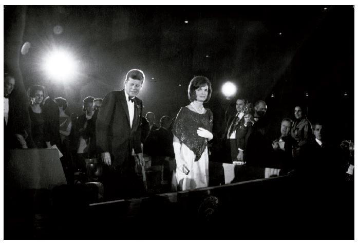 10-los-kennedy-en-su-segundo-saludo-inaugural.-washington-1963