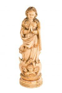 804-imagen-de-la-inmaculada-concepcin-tallada-en-marfil.-restos-de-policroma-en-las-cabezas-de-los-angelotes-y-cabeza-de-la-serpiente.