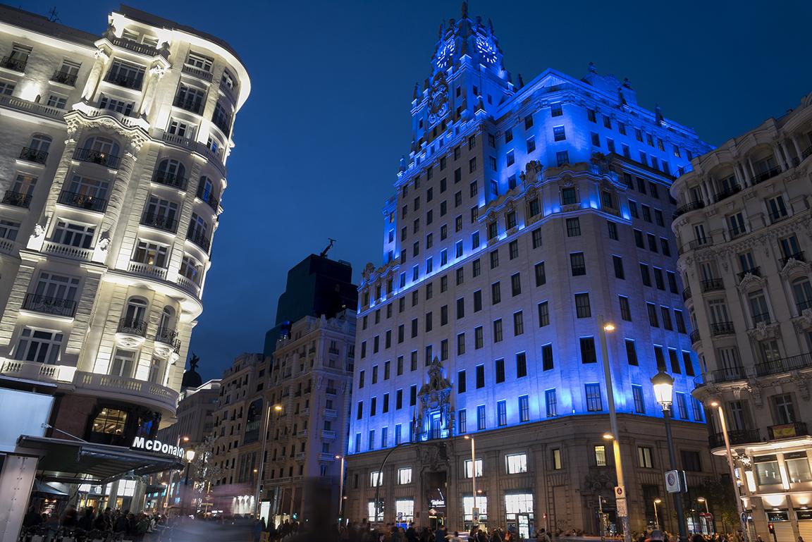 iluminacion-fachada-e.-t.