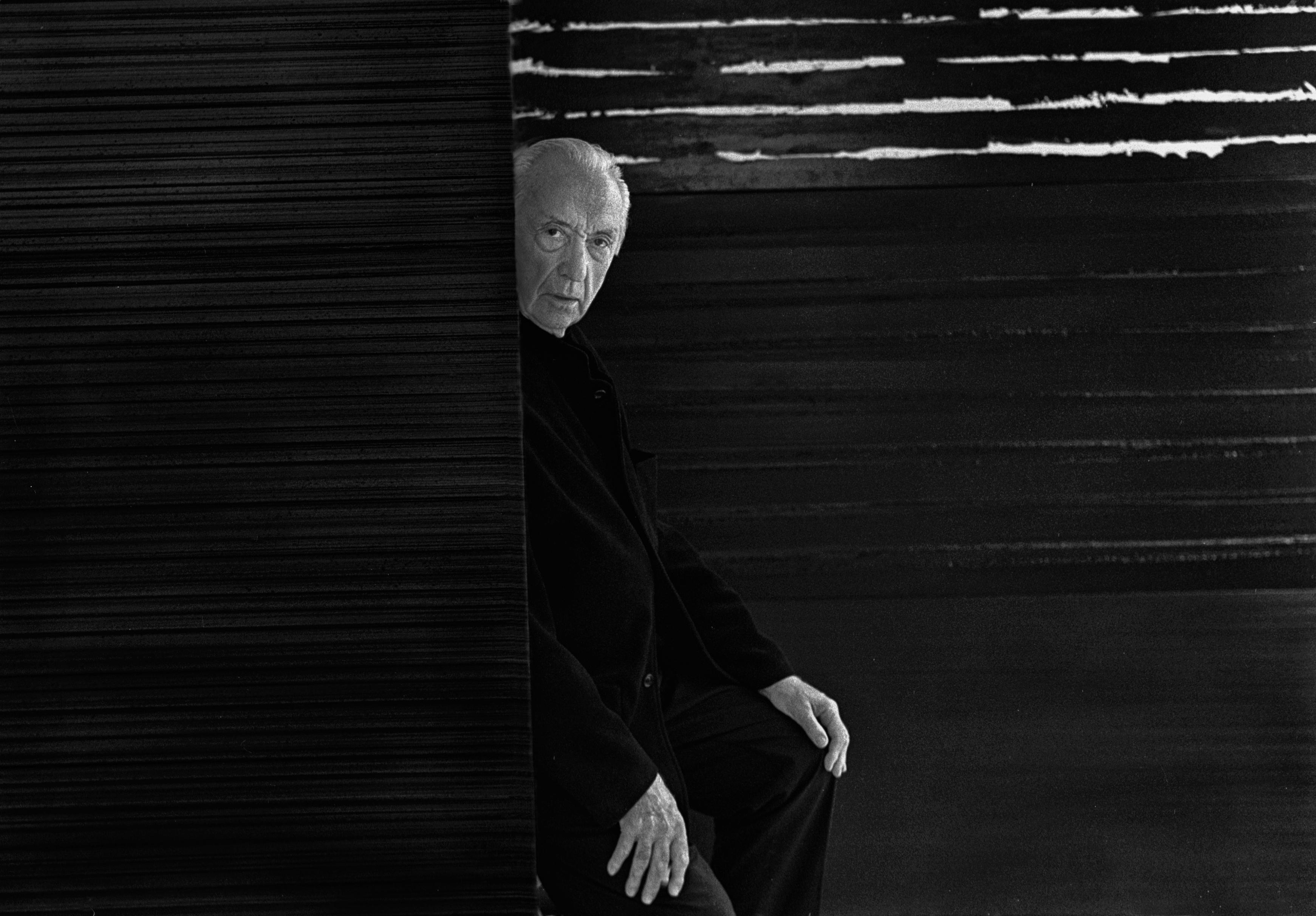 Pierre Soulages celebra su centenario en el Louvre