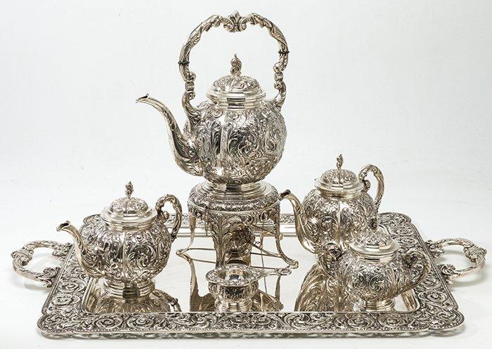 1477-juego-de-caf-y-t-en-plata-espaola-punzonada-ley-916.-profusa-decoracin-reelevada-de-volutas-vegetales.