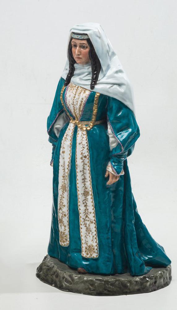 317-dama-figura-realizada-en-porcelana-posiblemente-rusa-vidriada-y-policromada.