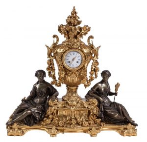 213-gran-guarnicin-francesa-de-reloj-y-candelabros-de-bronce-dorado-y-patinado-estilo-luis-xvi-poca-napolen-iii-s.xix_.-esfera-firmada-raingo-freres-a-paris.02