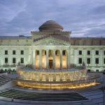 Los museos desangran sus colecciones