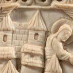 Un marfil de época carolingia bate record en el mercado