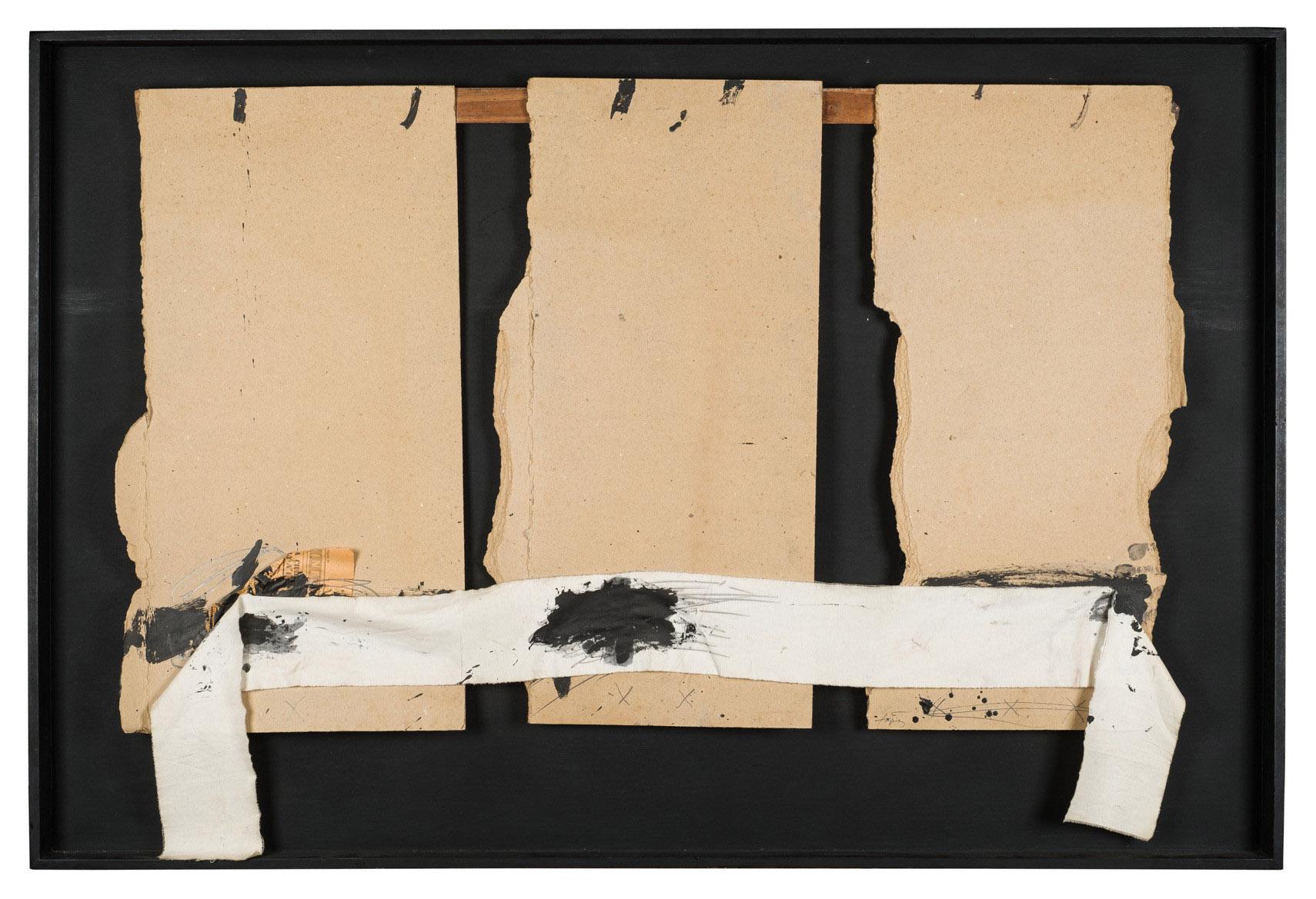 Antoni Tàpies. Tres Cartons, 1974. Salida: 90.000 euros. No vendido
