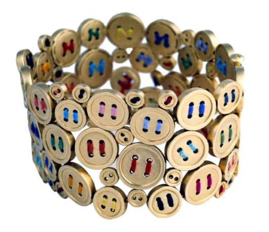 chus-bures-pulsera-bottons